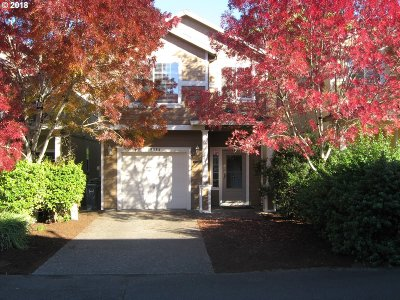 Beaverton Single Family Home For Sale: 19084 SW Burkwood Ln