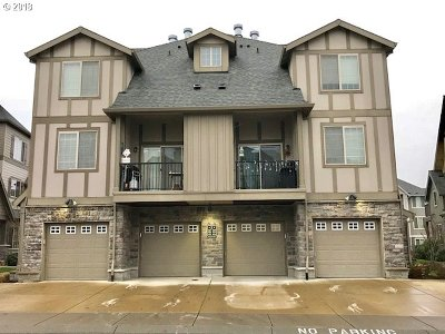 Condo/Townhouse For Sale: 21521 NW Rockne Way