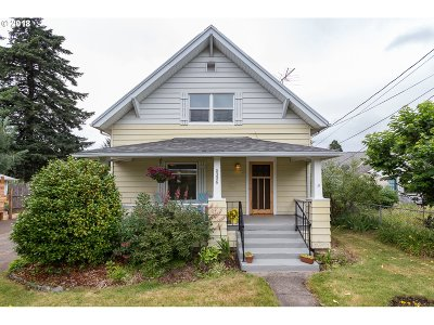 Portland Single Family Home For Sale: 5326 SE 87th Ave