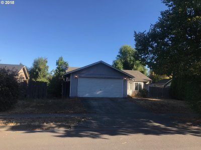 Springfield Single Family Home For Sale: 3504 S Redwood Dr
