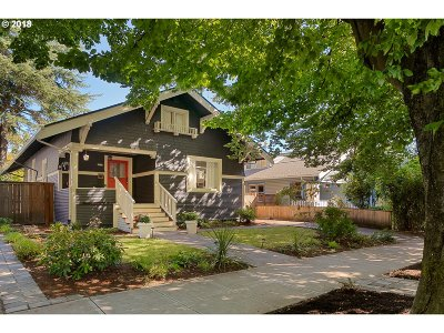 Portland Single Family Home For Sale: 2438 NE 7th Ave
