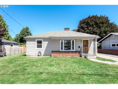 Milwaukie, Gladstone Single Family Home For Sale: 8732 SE 41st Ave