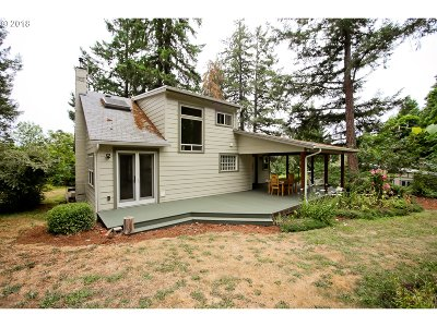 Cottage Grove, Creswell Single Family Home Bumpable Buyer: 80376 Hwy 99