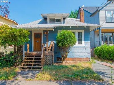Portland Single Family Home For Sale: 4005 SE Ivon St