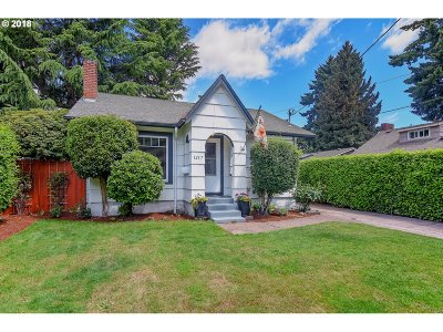 Portland Single Family Home For Sale: 1217 SW Hume Ct