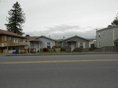 Coos Bay Multi Family Home For Sale: 750/756 S 4th