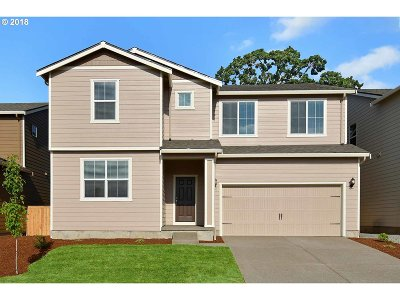 Molalla Single Family Home For Sale: 859 Bear Creek Dr