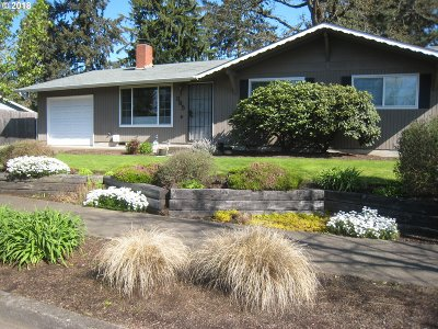 Eugene Single Family Home For Sale: 365 Ruby Ave