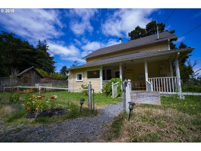 Bandon Single Family Home For Sale: 57570 Pederson Dr