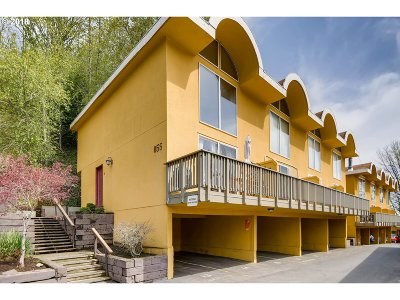 West Hills Condo/Townhouse For Sale: 855 SW Broadway Dr #21