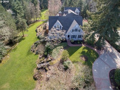 Lake Oswego Single Family Home For Sale: 13750 Knaus Rd