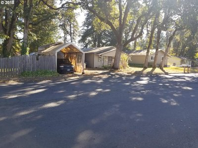 Cottage Grove Single Family Home For Sale: 420 N 16th St