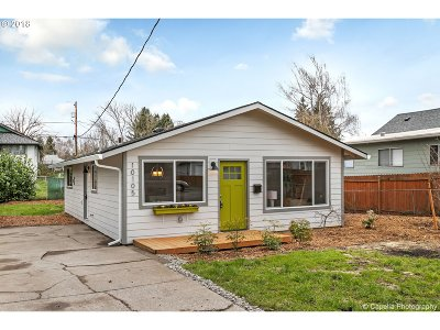 Portland Single Family Home For Sale: 10105 N Tioga Ave