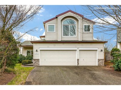 Portland Single Family Home For Sale: 4715 NW 169th Pl