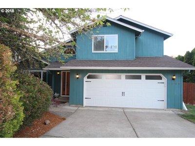 Eugene Single Family Home For Sale: 2506 Hawkins Ln