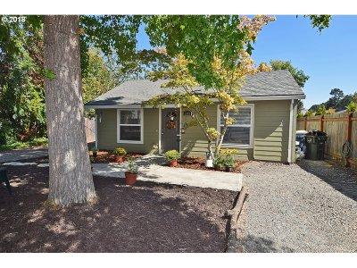 Aloha Single Family Home For Sale: 2810 SW 182nd Ave