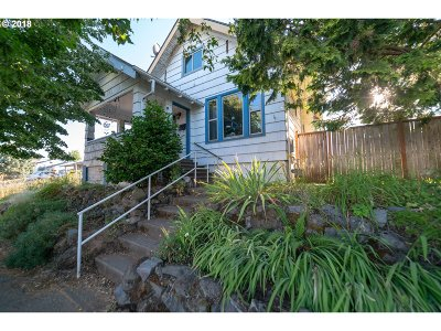 Portland Single Family Home For Sale: 1171 SE 84th Ave