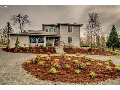 Ridgefield Single Family Home For Sale: 22015 NW Cornell Dr