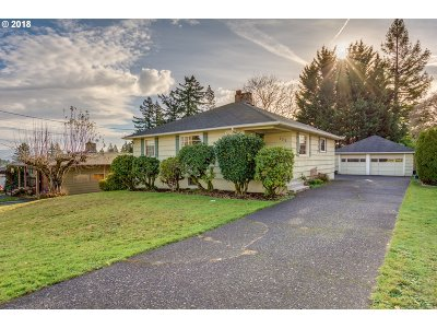 Camas Single Family Home For Sale: 222 NW 19th Ave