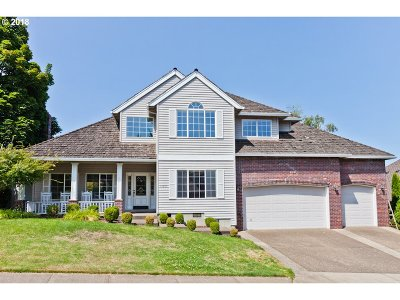Tigard Single Family Home For Sale: 13867 SW Hillshire Dr