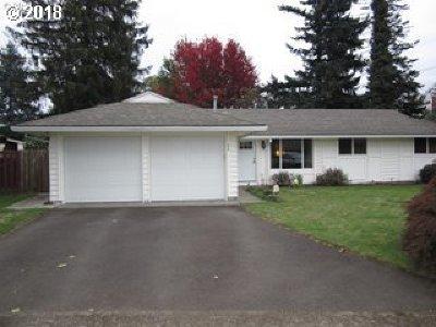 Gresham Single Family Home For Sale: 418 SE 241st Ct