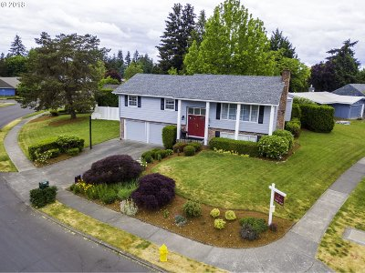 Single Family Home For Sale: 19245 NW Melrose Dr