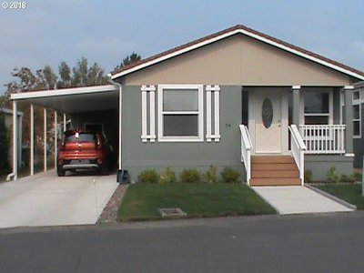 McMinnville Single Family Home For Sale: 4155 NE Three Mile Ln #94