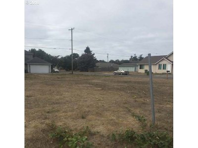 Residential Lots & Land Sold: Maple St
