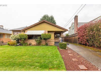 Portland Single Family Home For Sale: 6442 NE 25th Ave