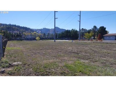 Sutherlin Residential Lots & Land For Sale: 182 Beecroft St