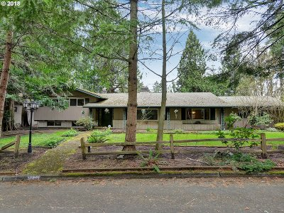 Beaverton Single Family Home For Sale: 18855 SW Alderwood Dr