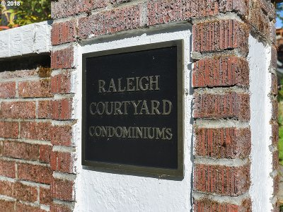 Condo/Townhouse For Sale: 2621 NW Raleigh St #26