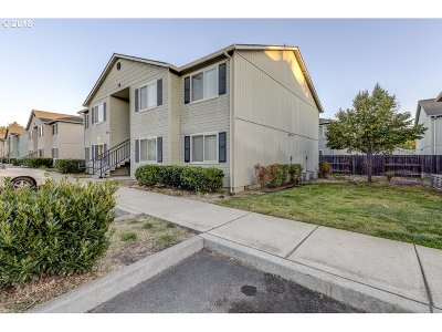 Medford Single Family Home For Sale: 2154 Crater Lake Ave