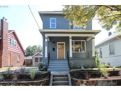 Single Family Home For Sale: 3580 SE Lincoln St