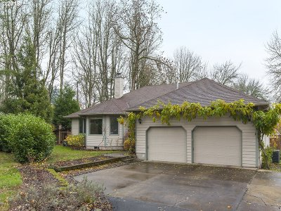 Tigard Single Family Home For Sale: 6612 SW Walnut Ter