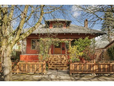 Portland Single Family Home For Sale: 4023 SE Grant St