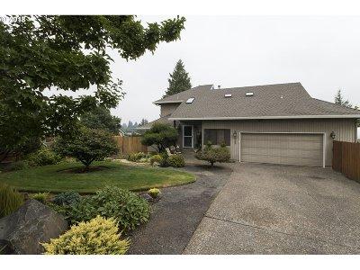 Aloha Single Family Home For Sale: 6742 SW 174th Pl