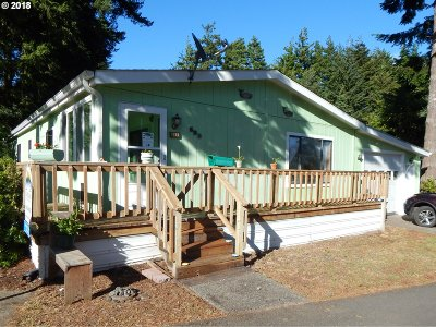 Coos Bay Single Family Home For Sale: 595 Shorepines Pl
