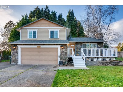 Milwaukie, Clackamas, Happy Valley Single Family Home For Sale: 13410 SE Ruscliff Rd