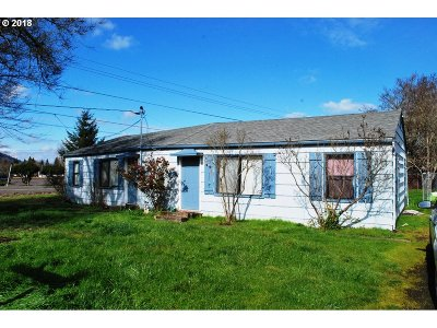 Roseburg OR Multi Family Home For Sale: $189,900