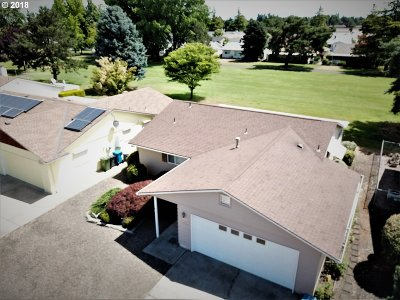Woodburn Single Family Home For Sale: 628 S Columbia Dr