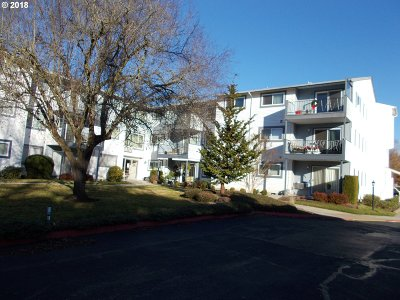 Woodburn Condo/Townhouse Sold: 950 Evergreen Rd #205