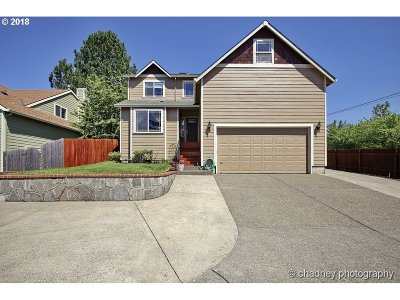 Clackamas Single Family Home For Sale: 13988 SE 141st Ave