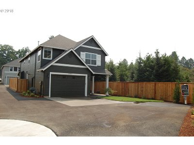 Oregon City Single Family Home For Sale: 19384 Pelican Lake Pl #L123