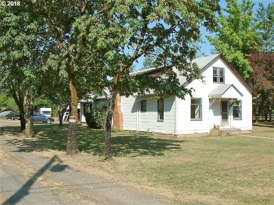 Cottage Grove, Creswell Single Family Home For Sale: 84824 Cloverdale Rd