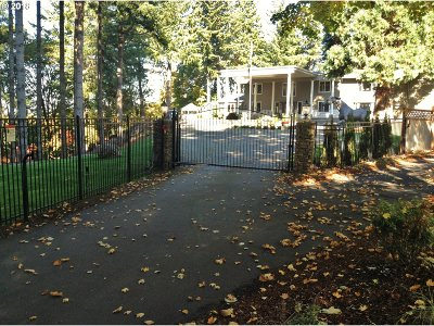 Clackamas County Single Family Home For Sale: 20154 S Olympus Rd