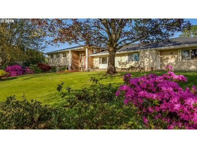 Roseburg Single Family Home For Sale: 170 Harvest Ln