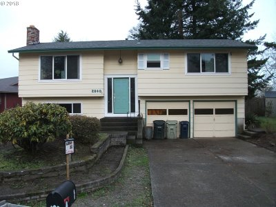 Single Family Home For Sale: 2840 SW 199th Pl