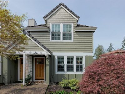Portland Single Family Home For Sale: 10240 NW Edgewood Dr #12