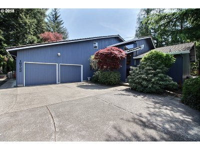 Vancouver Single Family Home For Sale: 16722 SE Evergreen Hwy